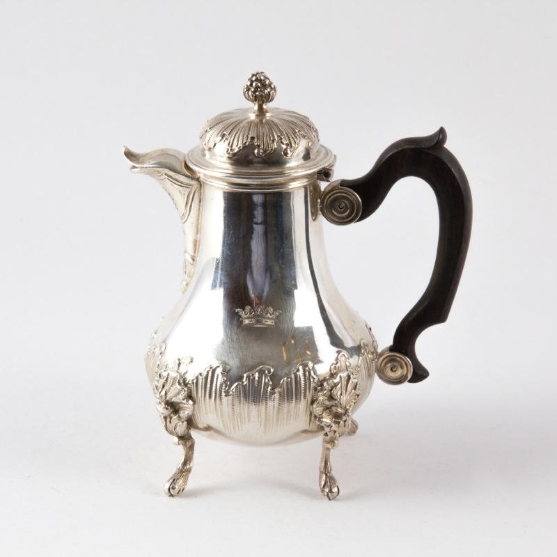 antike kaffeekanne aus silber frankreich um 1870 antikhaus insam. Black Bedroom Furniture Sets. Home Design Ideas