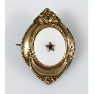 Broach late Biedermeier 1860