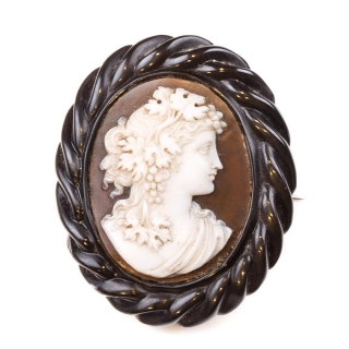 Antique cameo jet 1860