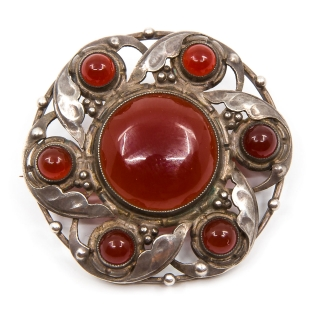 Antique brooch carneol
